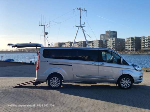2020-01/ford-tourneo-ramp-mobilina-anpassning-ab-19