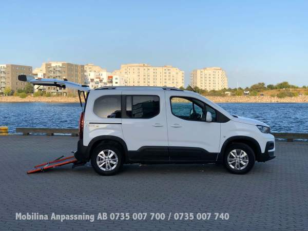 2020-09/peugeot-rifter-ramp-l1-mobilina-anpassning-ab-17